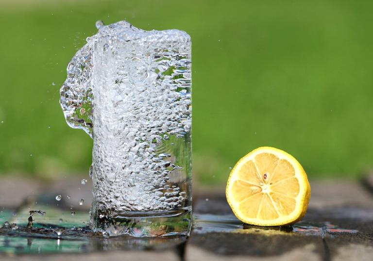 Qu'est-ce qui provoque la déshydratation ?